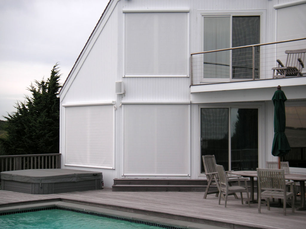 Exterior Solar Screens | The Awning Company