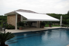 Retractable-roof-awning-1